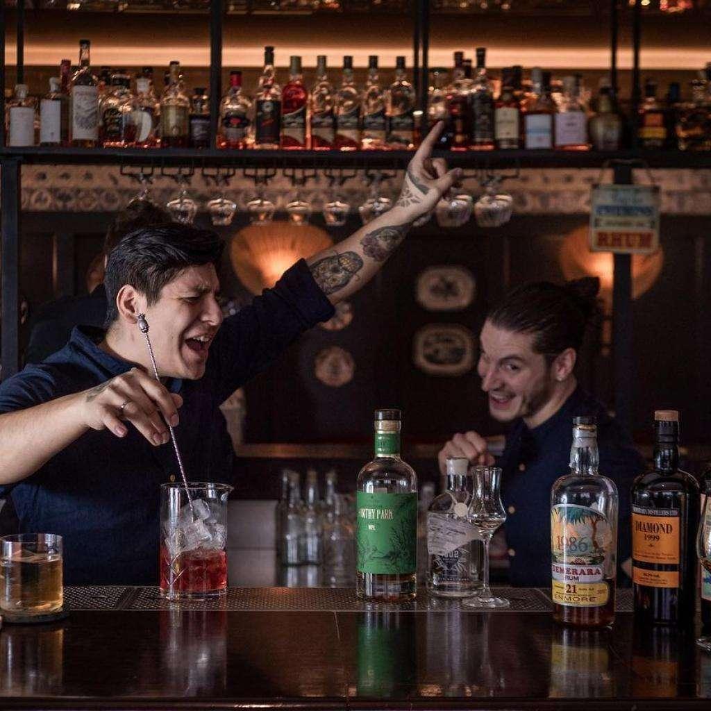 Bar Le 1802 - Home